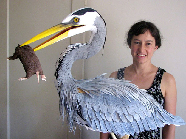Amazingly Realistic Birds Made From Crepe Paper