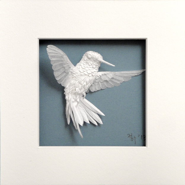 Cheong-ah Hwang's Beautifully Delicate Paper Hummingbird